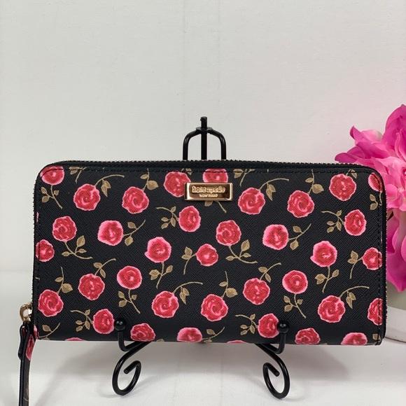 kate spade Handbags - Kate Spade Wallet Rose